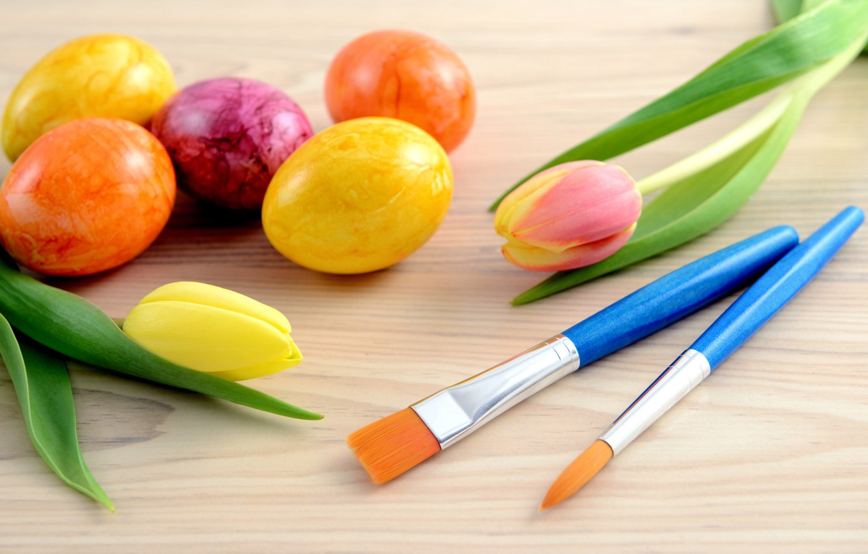 Фото обои цветы, праздник, яйца, Пасха, тюльпаны, кисти, Easter, крашенки