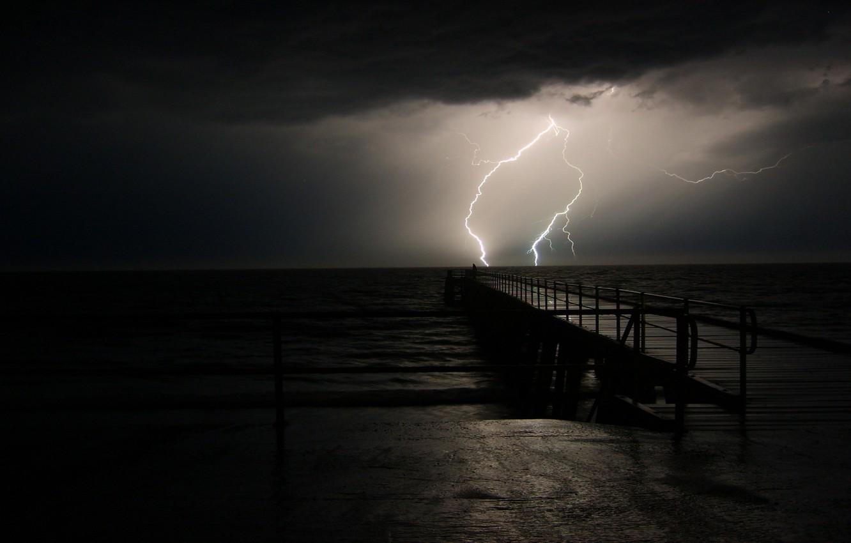 Фото обои море, ночь, молния