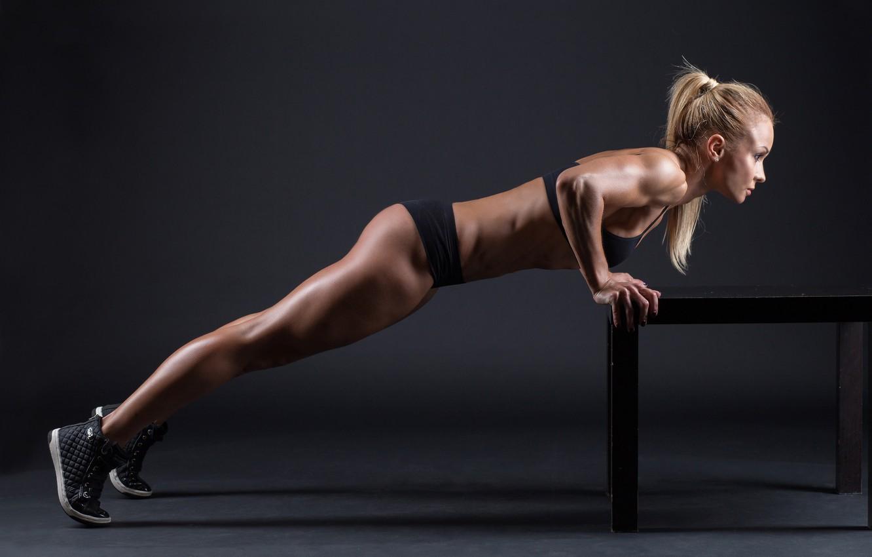 Сексуальный фитнес клуб, Подтянутые Девушки в Спортзале, Жесткий Трах 12 фотография