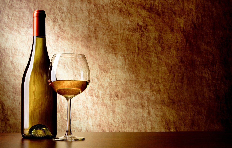 Обои Полотенце, вино, стол, бокалы, белое, бутылка, штопор. Разное foto 7