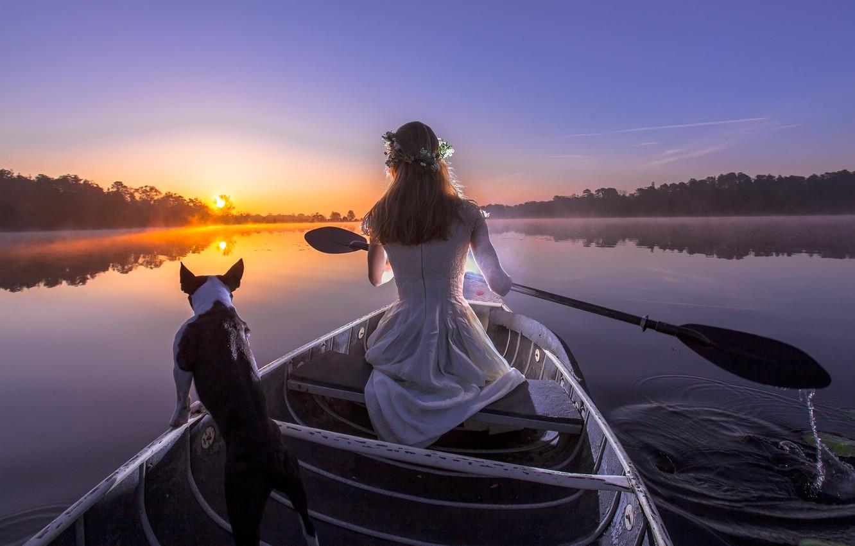 Фото обои девушка, закат, река, лодка, собака, вечер, весло