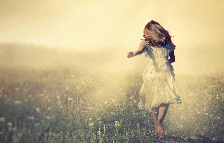Фото обои поле, настроение, ангел, девочка