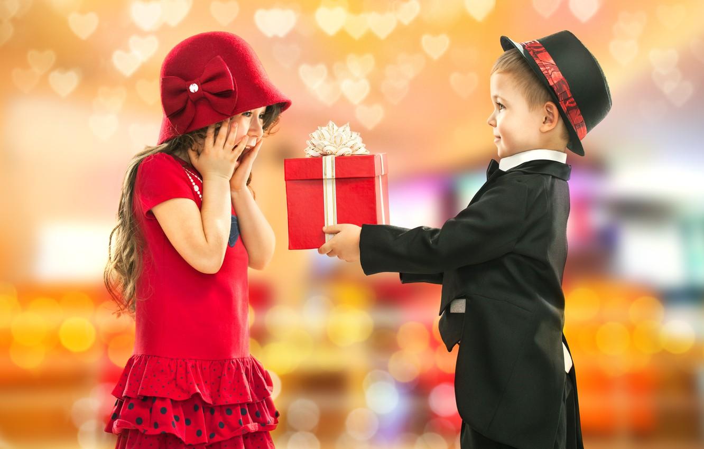 Обои подарок, Поздравление, Девочка, мальчик, дети. Настроения foto 9