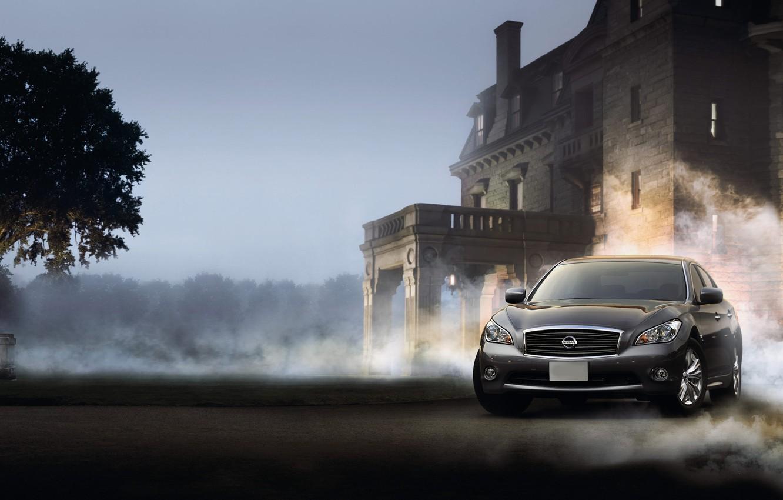Фото обои машины, туман, дым, дома, пыль, ниссан, nissan fuga cars
