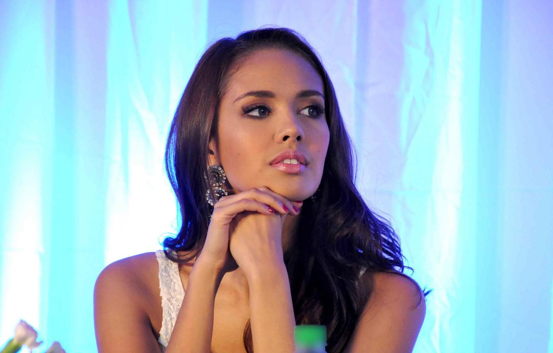 Фото обои взгляд, девушка, модель, волосы, губы, girl, young, eyes, model, lips, hair, Меган Янг, Мисс мира …