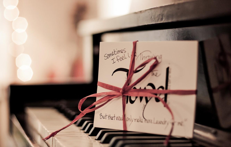Фото обои письмо, макро, пианино