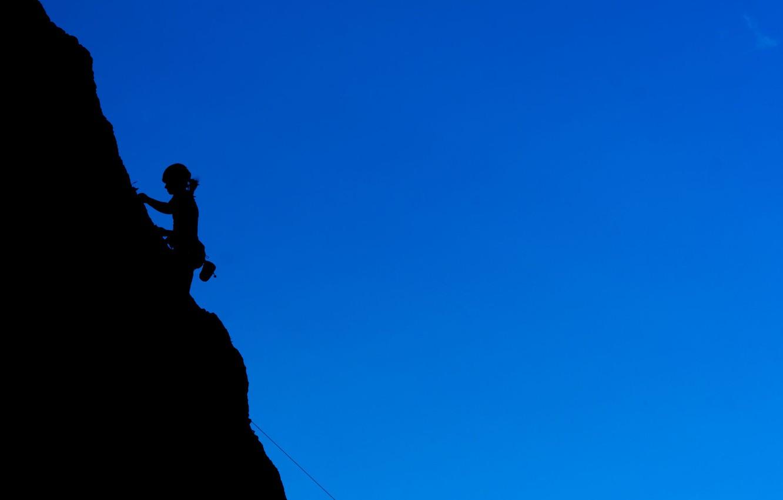 Фото обои girl, rocks, shadow, climbing, Hiking, Montaineering