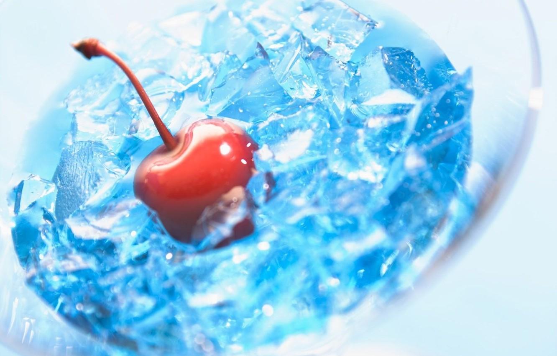 Фото обои лед, стекло, красный, прозрачный, синяя фигня, вишня, стакан