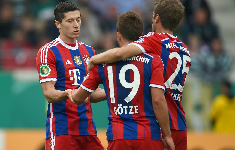 Фото обои футбол, Bayern, Lewandowski, Muller, Bundesliga, Gotze