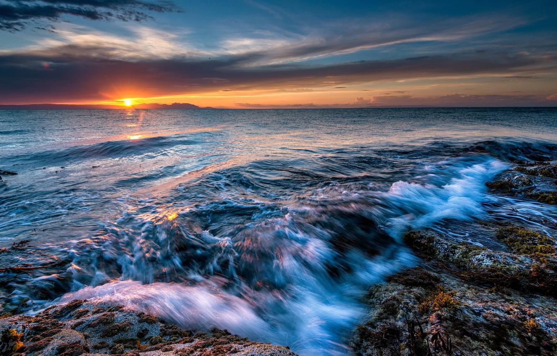 Фото обои пляж, солнце, камни, океан, рассвет, горизонт