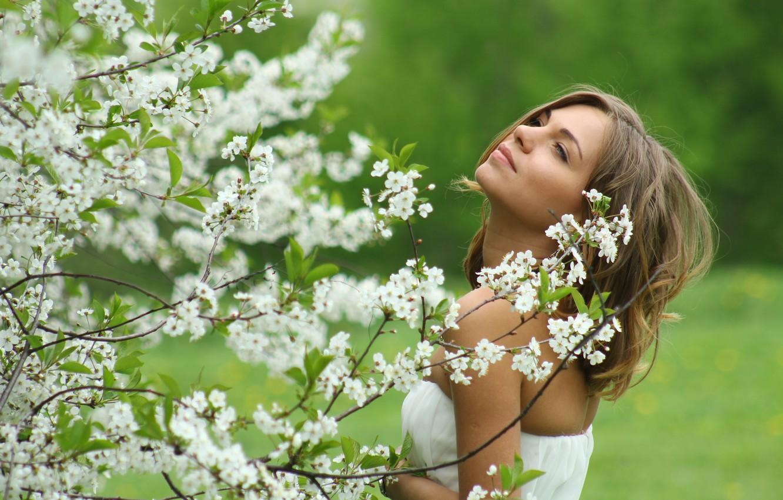 магазинов фотосессия в цветущем саду картинки для