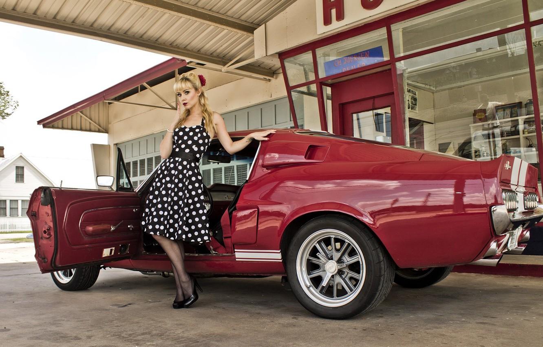 Фото обои взгляд, девушка, Ford, Девушки, красный авто
