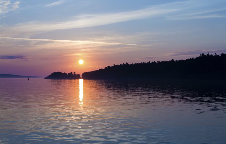 Фото обои море, небо, солнце, облака, деревья, закат, город, берег, вечер, порт, Швеция, Балтийское