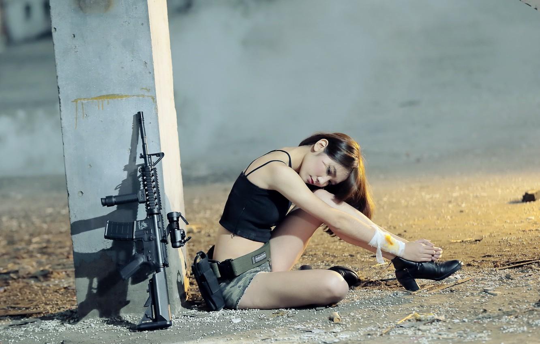 Фото обои девушка, оружие, азиатка