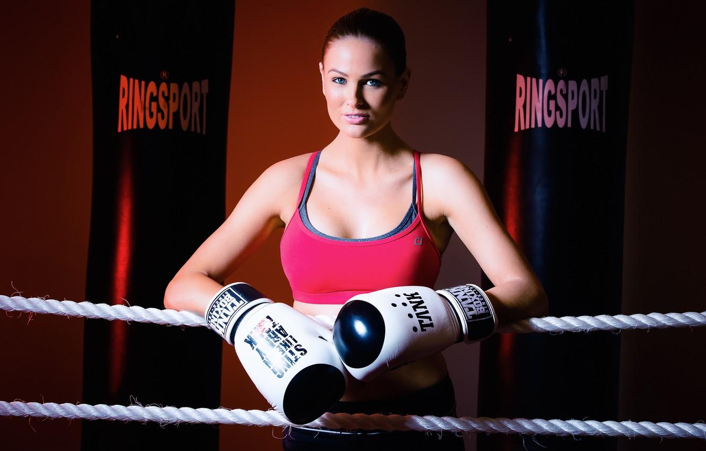 Картинки девушки боксерши