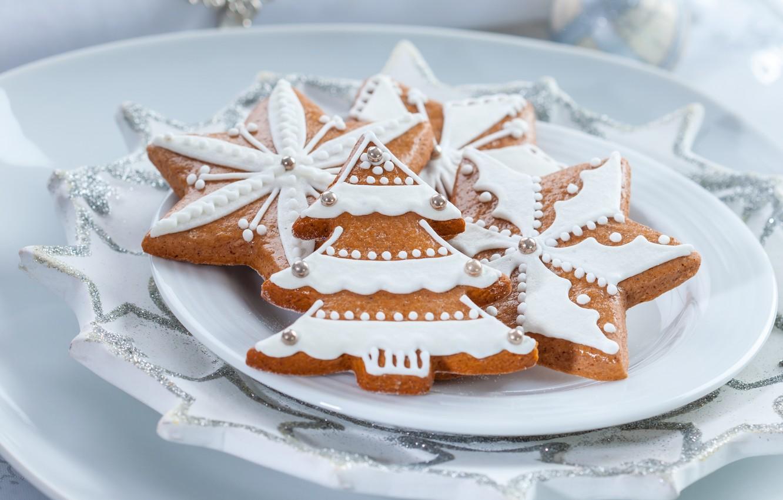 Фото обои звезды, еда, Новый Год, печенье, Рождество, фигурки, выпечка, сладкое, елочки, глазурь, новогоднее