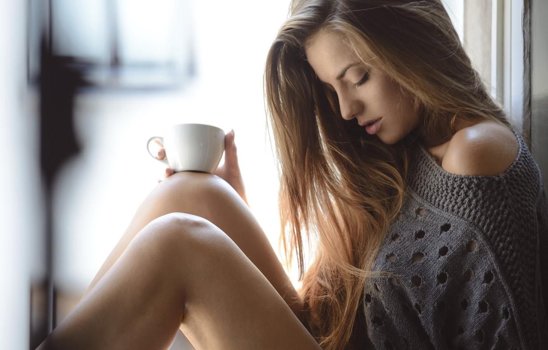 Фото обои sexy, legs, model, cup of coffee
