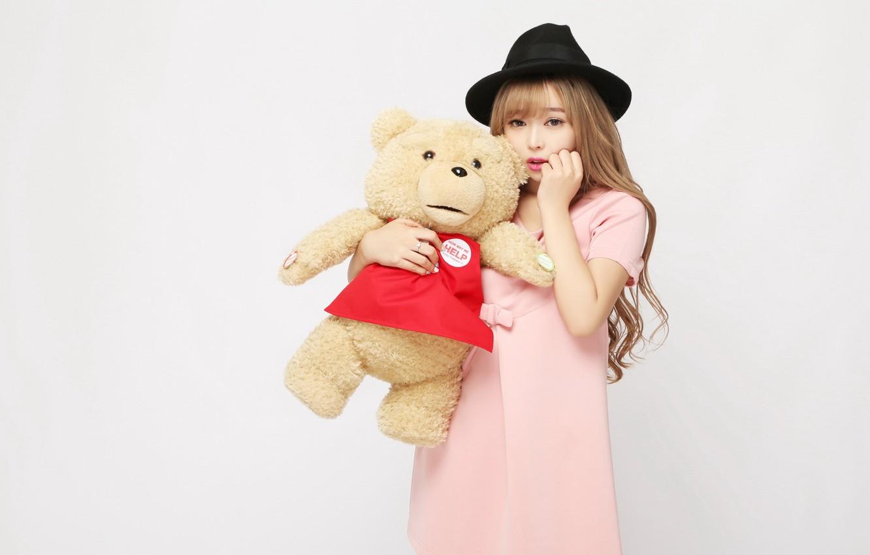 Фото обои девушка, настроение, игрушка, шляпа, медведь