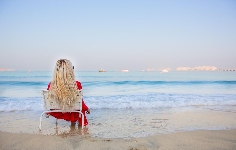 Женщины фотографии девушек блондинок на пляже секс большими
