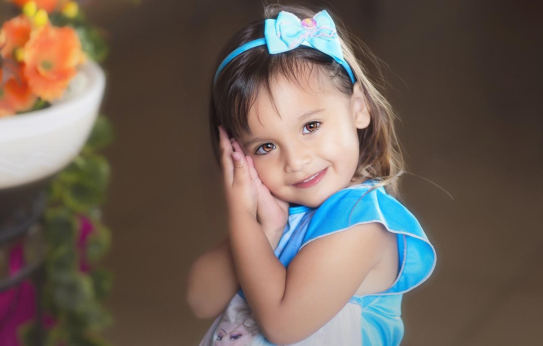 Фото обои взгляд, улыбка, настроение, милая, девочка