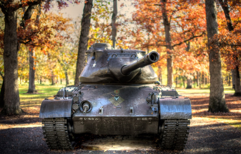 фото танка фоне человека заметить, что