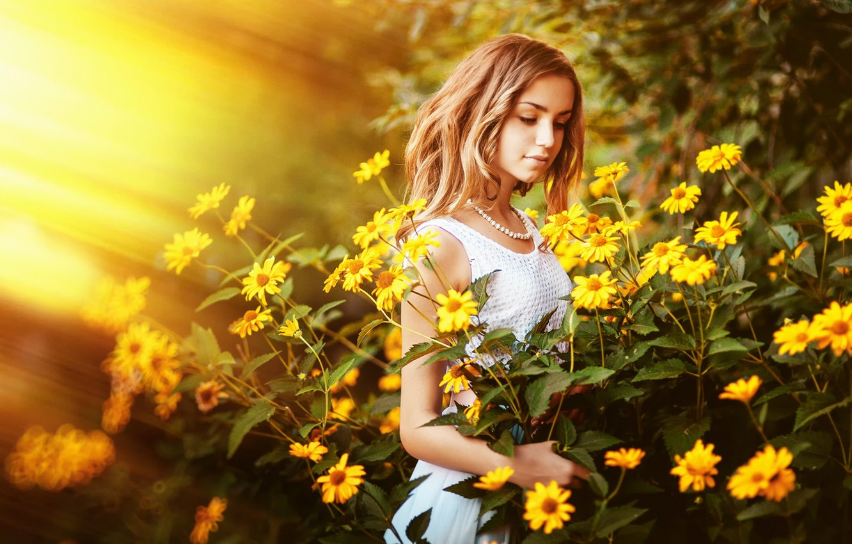 Фото обои лето, солнце, цветы, девочка