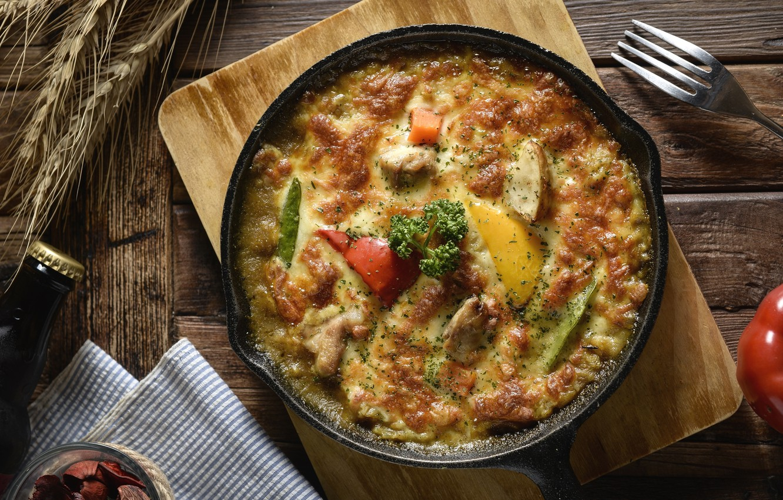 Блюда на сковороде картинки
