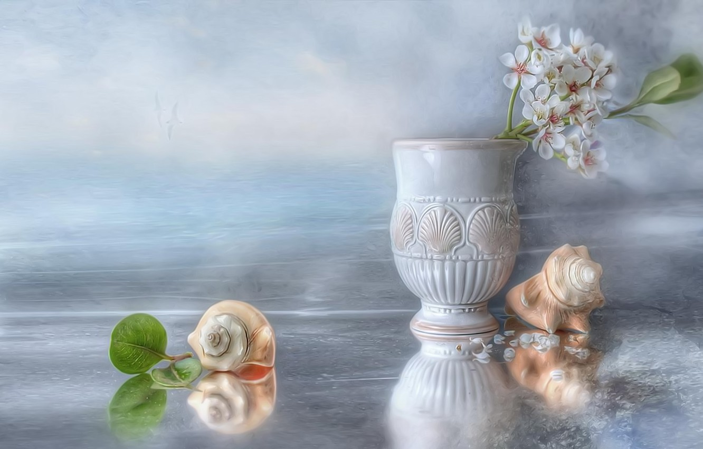 Фото обои лед, вода, птицы, лепестки, ракушки, натюрморт, яблоня, ваза античная