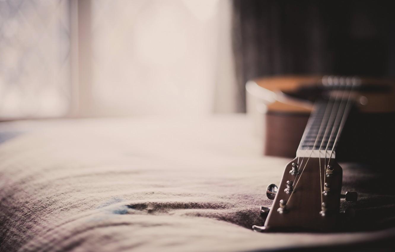 Фото обои макро, дом, гитара
