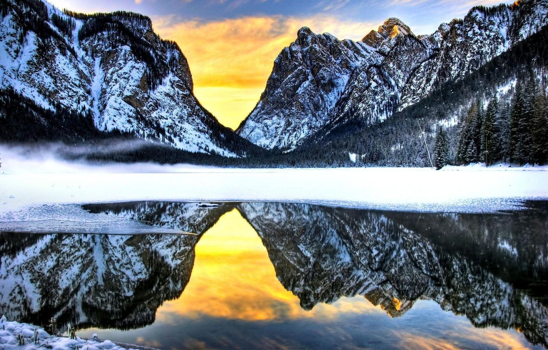 Фото обои зима, лес, небо, снег, закат, горы, природа, озеро, отражение, forest, sky, nature, winter, mountains, lake, …