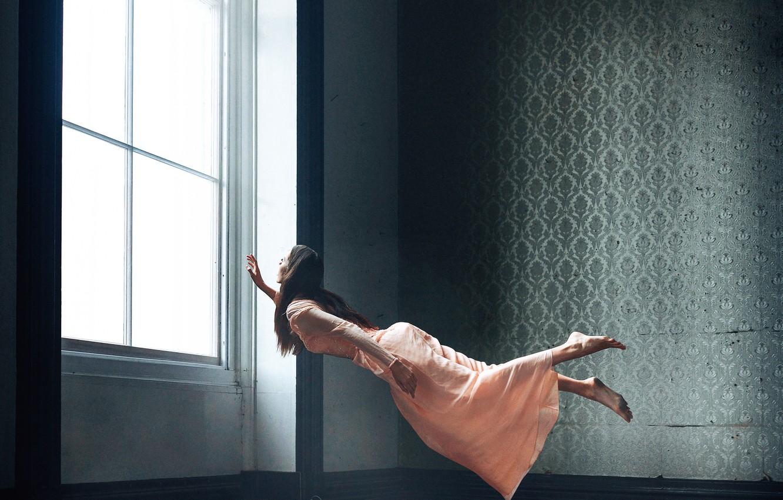 Фото обои девушка, комната, левитация, Adam Bird