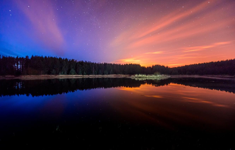 Фото обои небо, вода, звезды, деревья, пейзаж, природа, озеро, отражение, красота