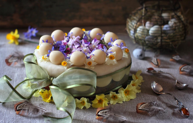 Фото обои цветы, яйца, весна, перья, ложка, торт, бант, примула