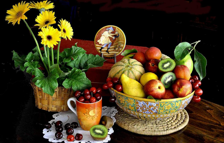 Фото обои цветы, ягоды, стол, чашка, миска, фрукты, натюрморт, дыня