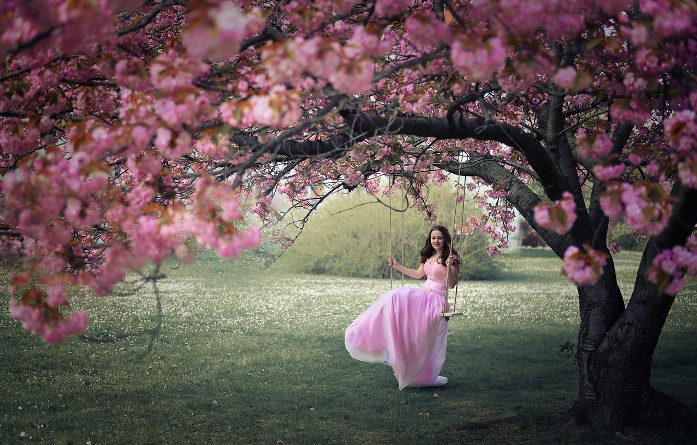 Фото обои девушка, качели, весна, сад