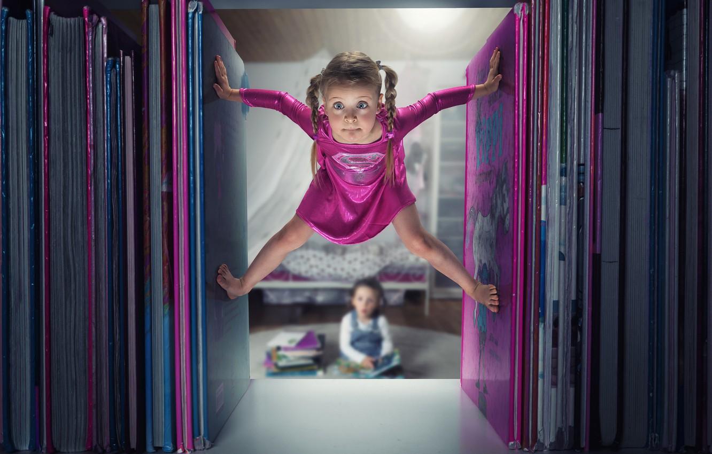 Фото обои книги, юмор, девочка, little, Supergirl