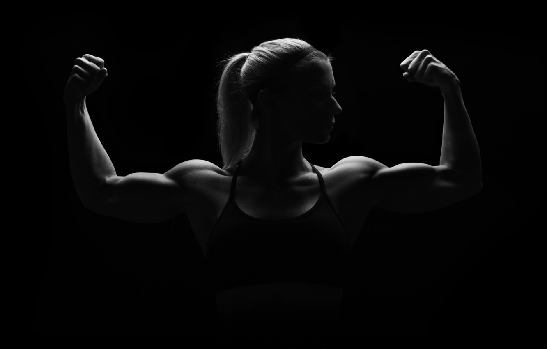 Фото обои woman, muscles, pose, silhouette