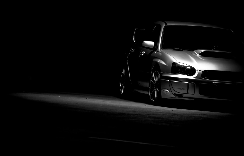 Фото обои тачки, чёрно-белая, subaru, чёрный фон, cars, wrx, impreza, субару, auto wallpapers, авто обои, sti, авто …