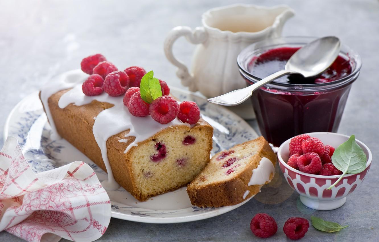 картинка чашка чая и десерт кирпичный