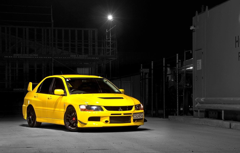 Фото обои Mitsubishi, Lancer, Evolution, Night, Yellow