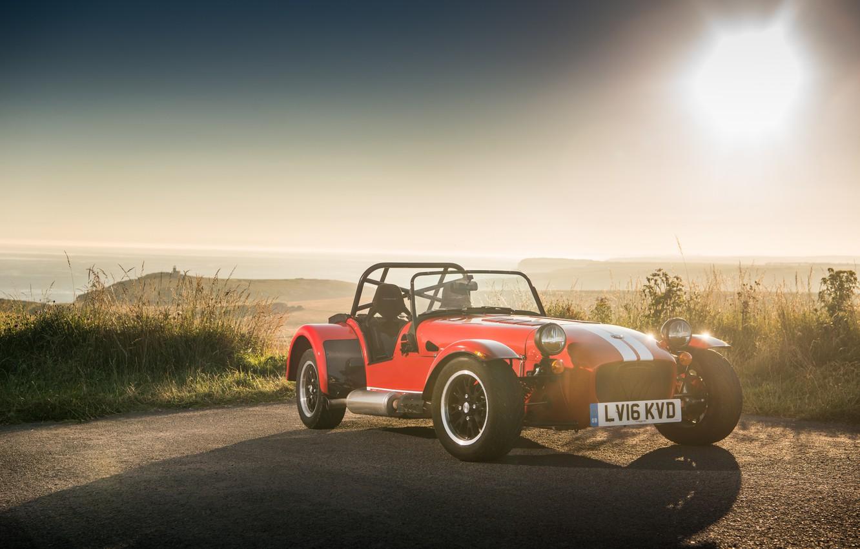 Фото обои машина, небо, трава, асфальт, фары, спорткар, Seven, передок, Caterham, 310R