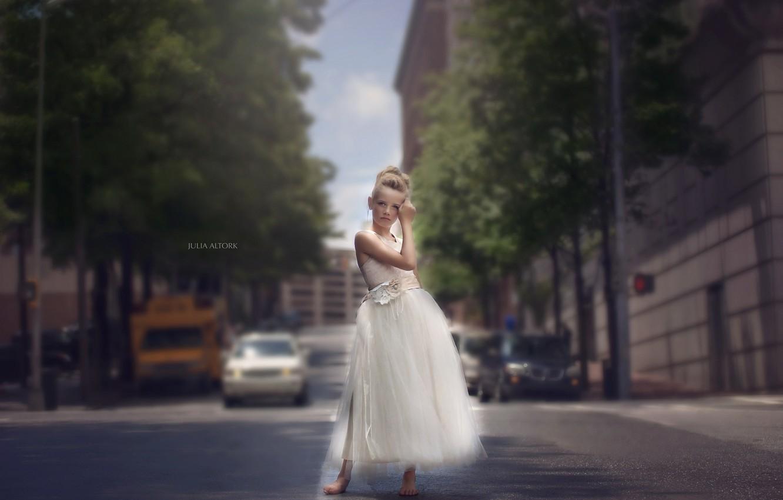 Фото обои город, улица, девочка