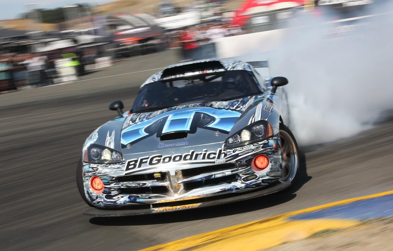 Фото обои дым, скорость, занос, Dodge, пилот, дрифт, Viper, srt10