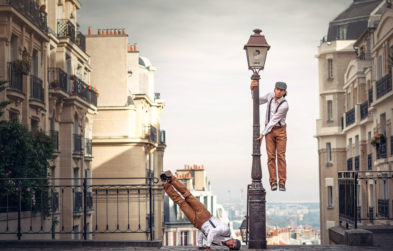Фото обои город, фон, танцор, French Wingz