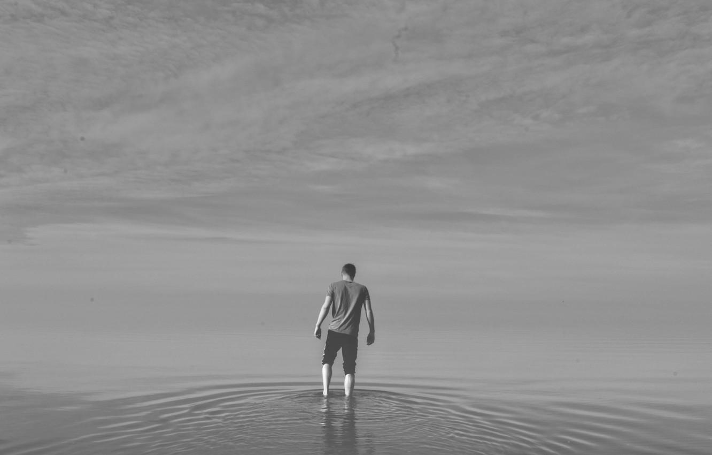 Фото обои lake, man, ripples