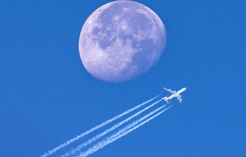 Фото обои небо, планета, Луна, самолёт