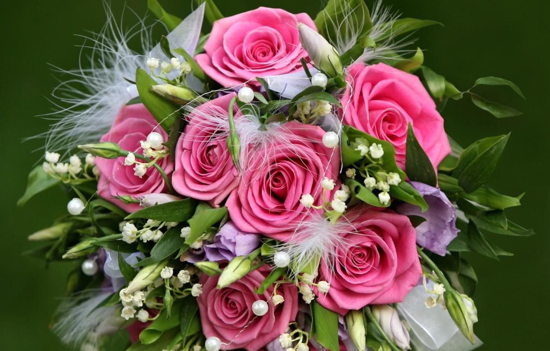 Фото обои цветок, листья, любовь, цветы, природа, праздник, подарок, нежность, розы, красота, букет, весна, лепестки, жемчуг, бусы, …