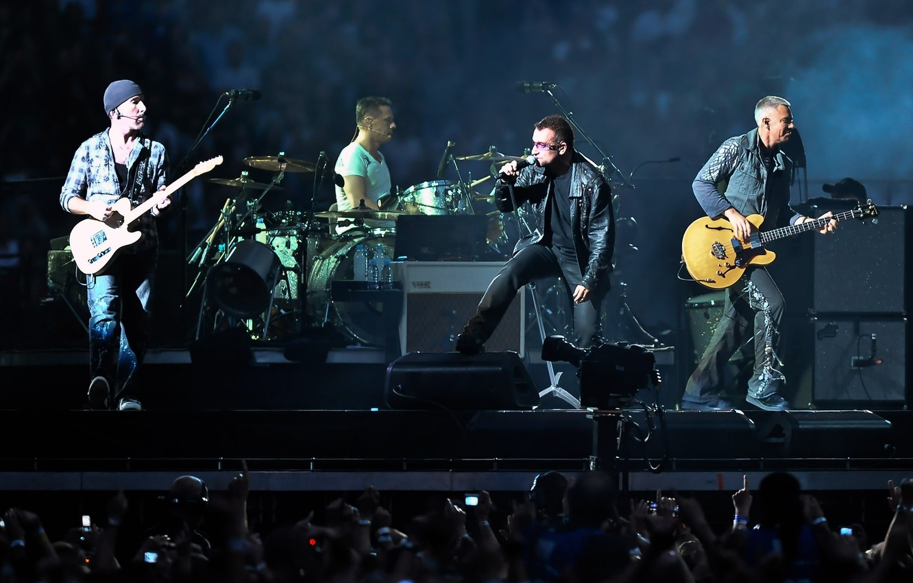 Фото обои touring, U2 In Concert, rock and roll