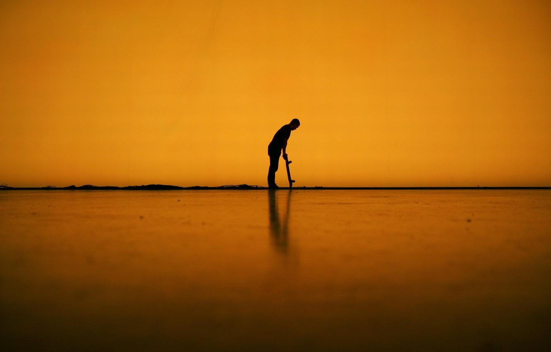 Фото обои линии, тень, мужчина, скейтборд