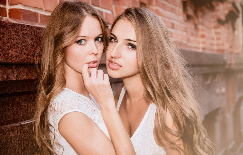 Фото обои взгляд, секси, девушки, губы, милашки, photographer, пальчик, Bogdan Ross